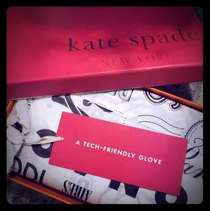 Kate Spade Brand New White & Black Gloves with box